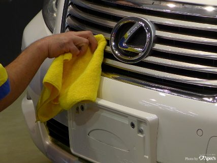 洗車後の拭き取りは完璧に